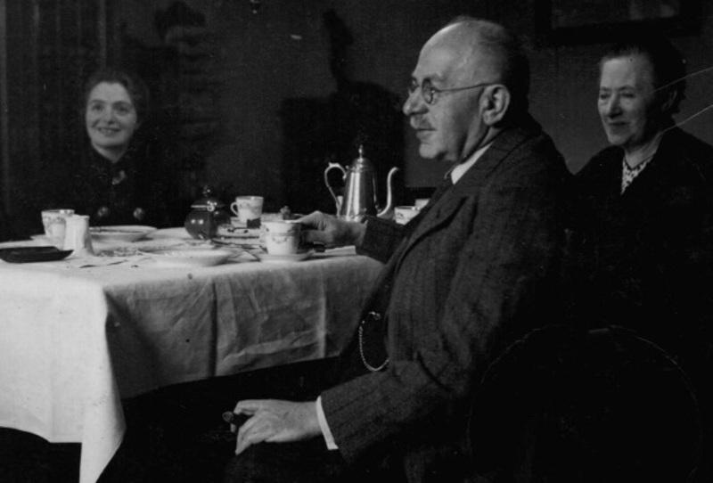 Dr. Gerson Haas mit Frau und Tochter, ca. 1930 © privat